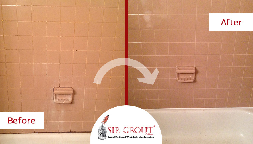 Before And After Picture Of A Bathroom Tile And Grout Cleaning Service In  Marietta, Georgia